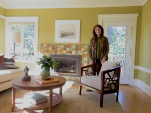 Living room of 2577 Rose
